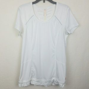Lucy Small Running Short Sleeve top w pockets